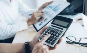 modificarile-la-normele-metodologice-de-aplicare-a-legii-nr227-2015-privind-codul-fiscal-publicate-s9754-1-300×182 (1)